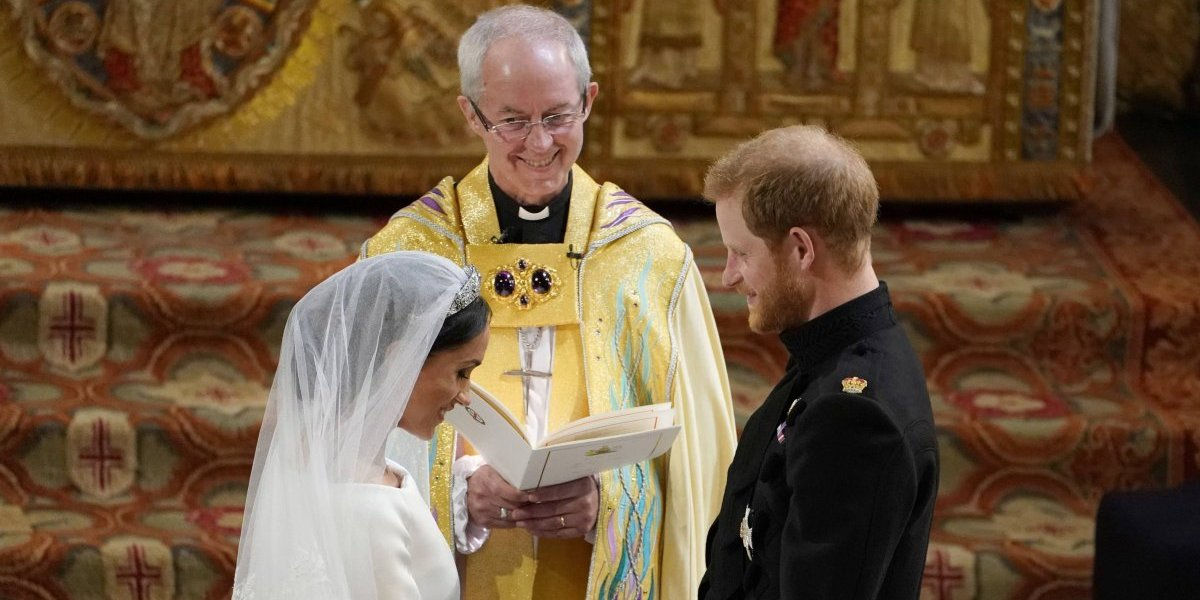 ¿Qué es lo que realmente se dijeron Harry y Meghan? La sátira de la boda real que la rompe en internet