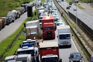 Veja quais estradas de São Paulo estão bloqueadas nesta manhã