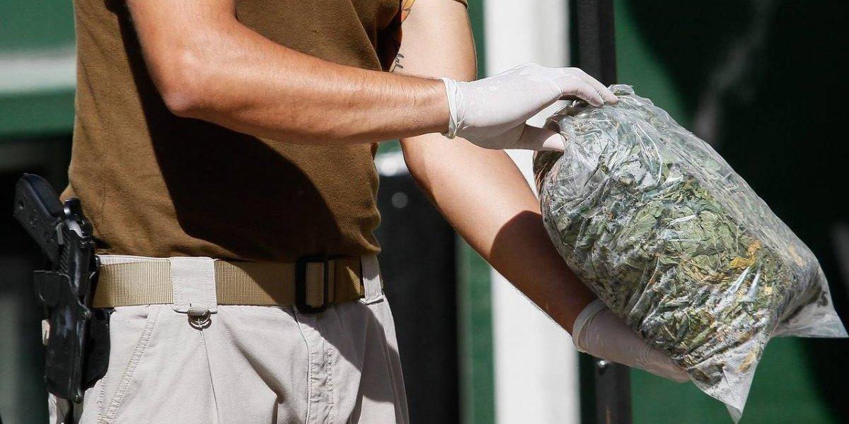 """""""Alerta Máxima"""" de CHV ahora quedó """"en la mira"""": Fiscalía investiga ficticia incautación de droga hecha para la TV"""