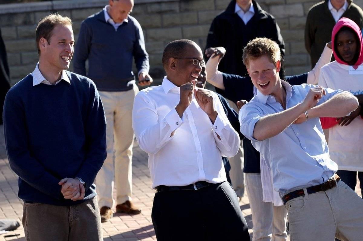 principe Harry bailando