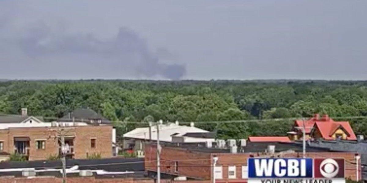 Avión militar se estrella en Mississippi