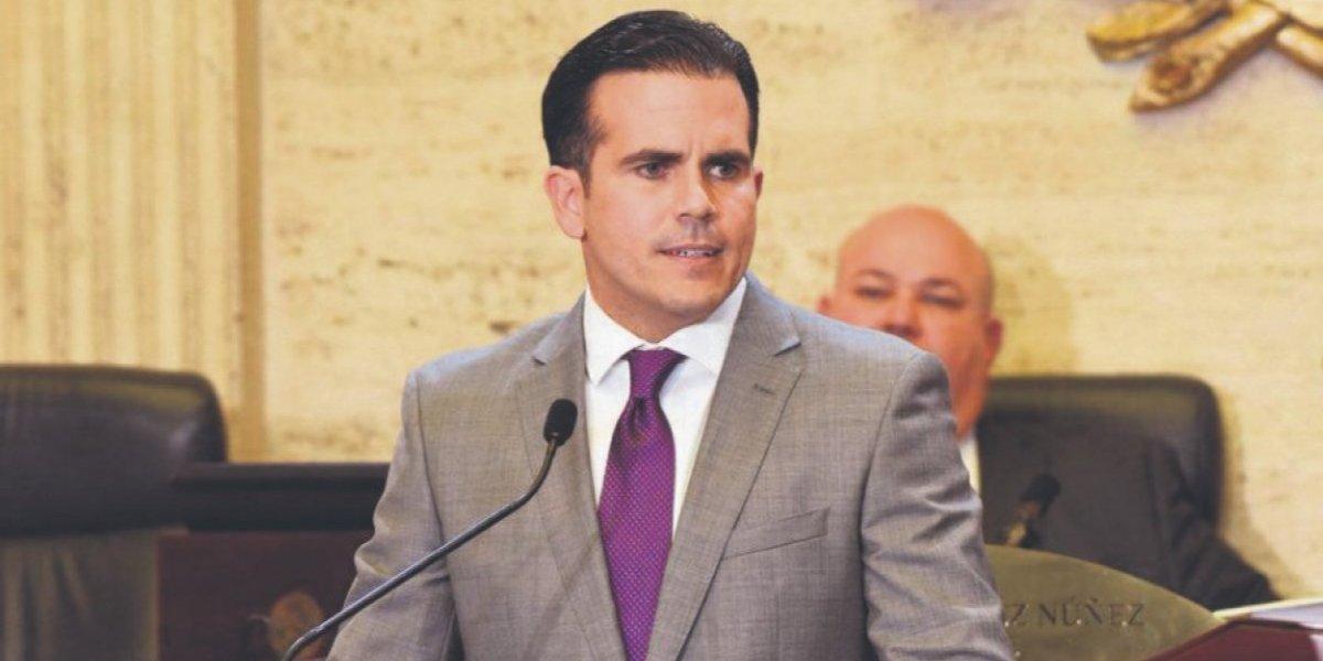 Rosselló presenta legislación para derogar la Ley 80