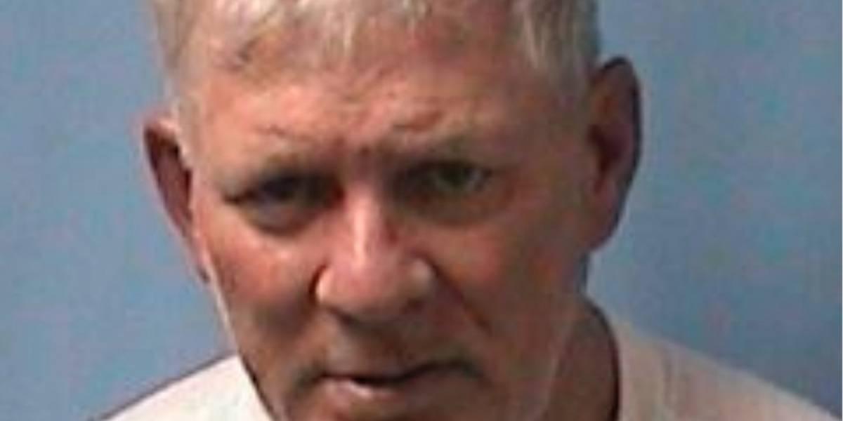 Arrestan a Lenny Dykstra por apuntar con pistola a chofer de Uber