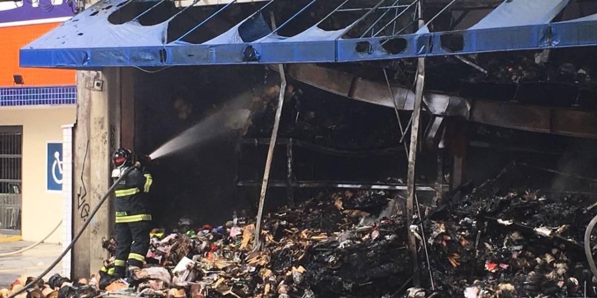 Incêndio destrói loja da Armarinhos Fernando em São Bernardo