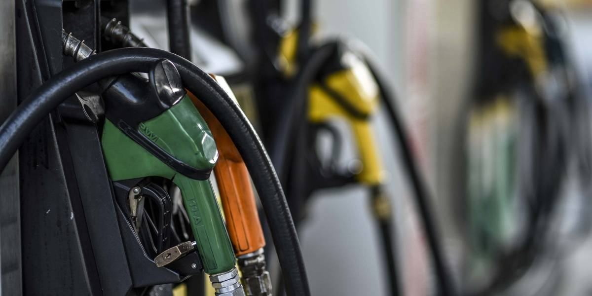 Posto vende gasolina pela metade do preço em apoio à greve