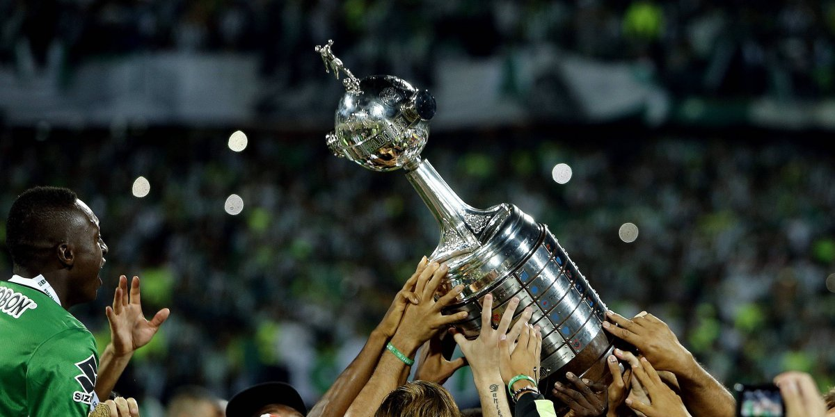 Independiente pasó a cuartos en un clima de extrema violencia - Deportivo