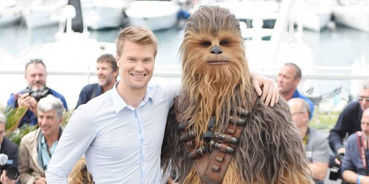 Chewie vencería a LeBron James, o es lo que cree Joonas Suotamo