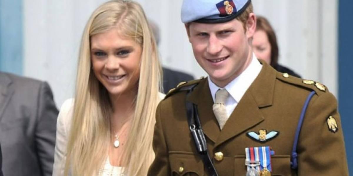 Harry tuvo emotiva conversación con su exnovia días antes de su boda con Meghan