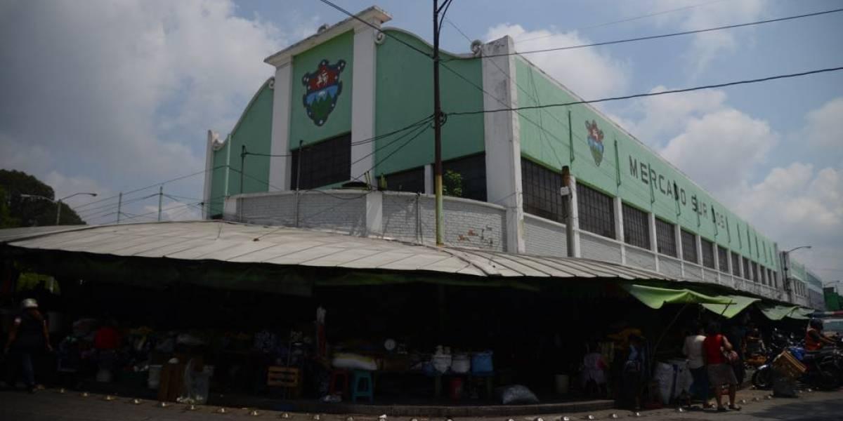 """Con actividades religiosas y deportivas, inquilinos de """"La Placita"""" celebrarán el 75 aniversario del mercado"""