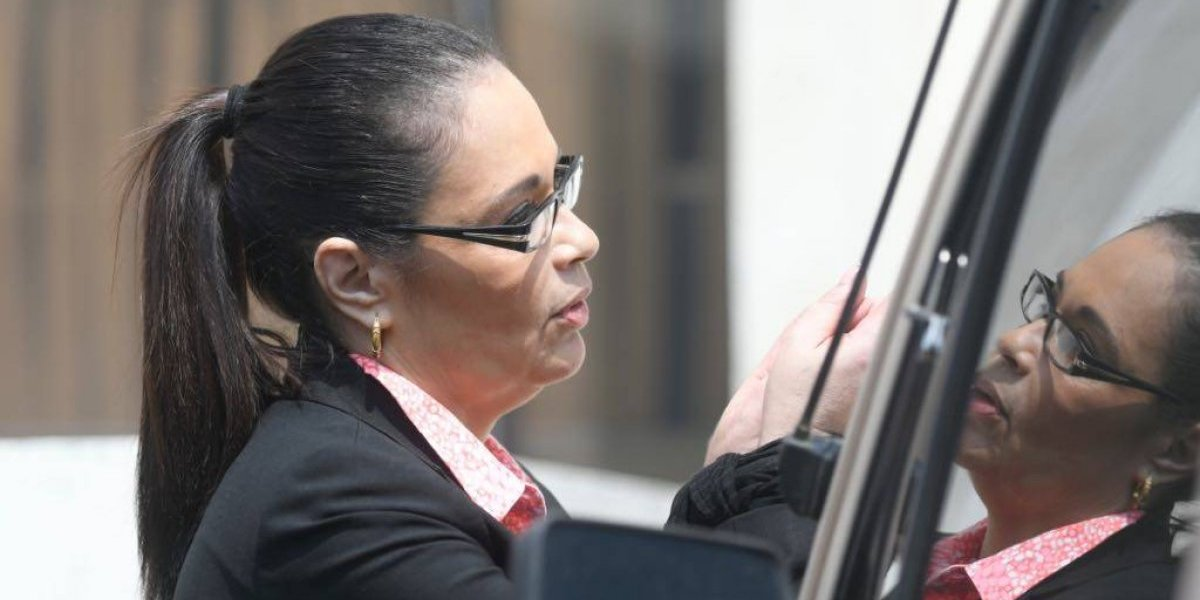 Tribunal ordena que Inacif evalúe estado de salud de Roxana Baldetti