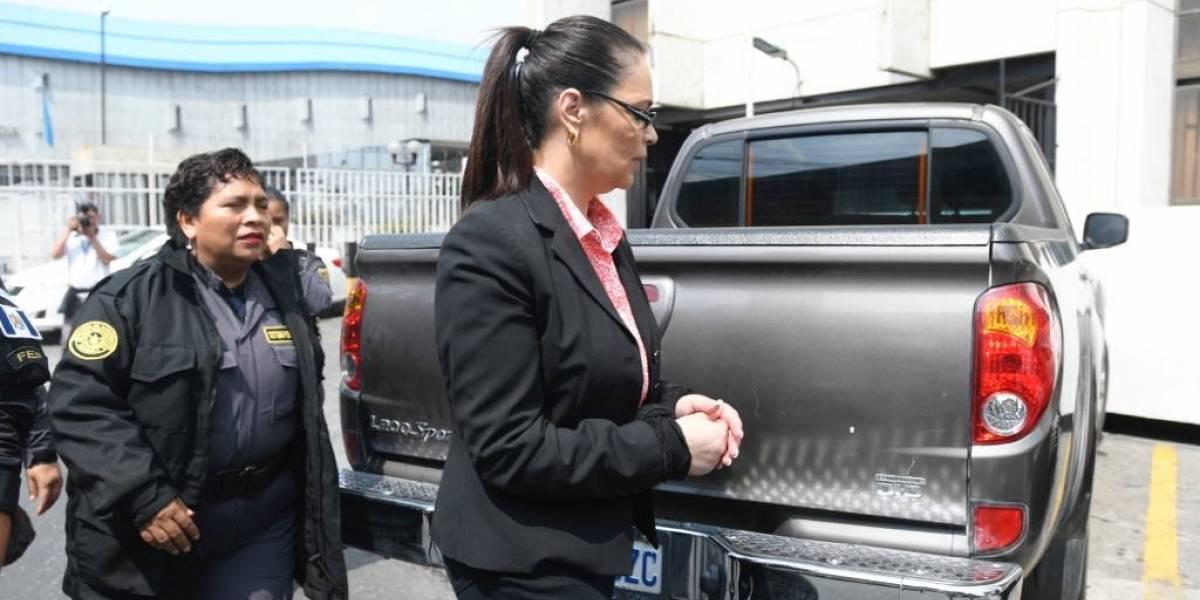 Fiesta para Baldetti: investigan a directora de la cárcel de Santa Teresa