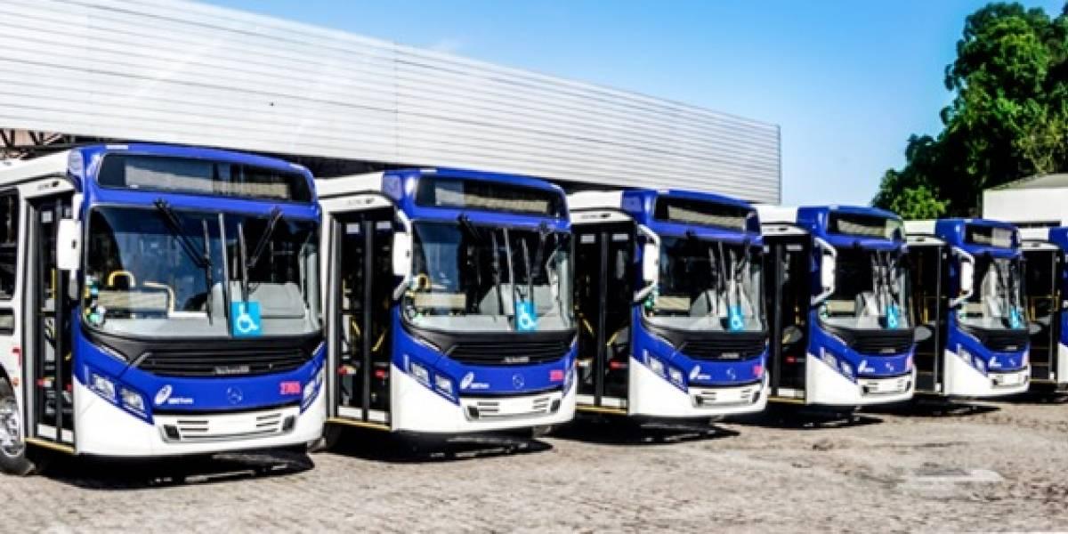 Ônibus trabalham com frota reduzida no ABC
