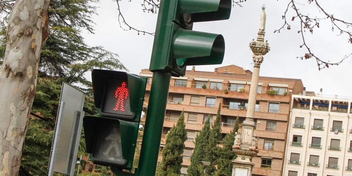 Gobierno ejecuta plan de mejoramiento tecnológico: Más de mil semáforos contarán con baterías externas