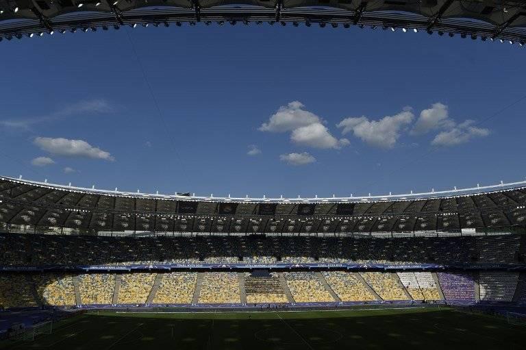El estadio Olímpico de Kiev está listo para la final