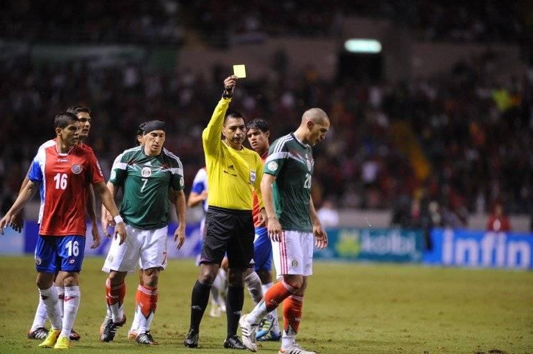 Walter López en un partido internacional