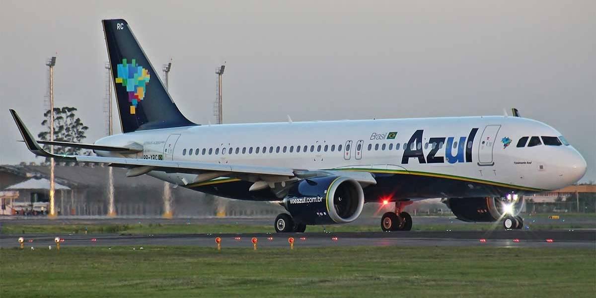 Azul cancela 35 voos por falta de combustível