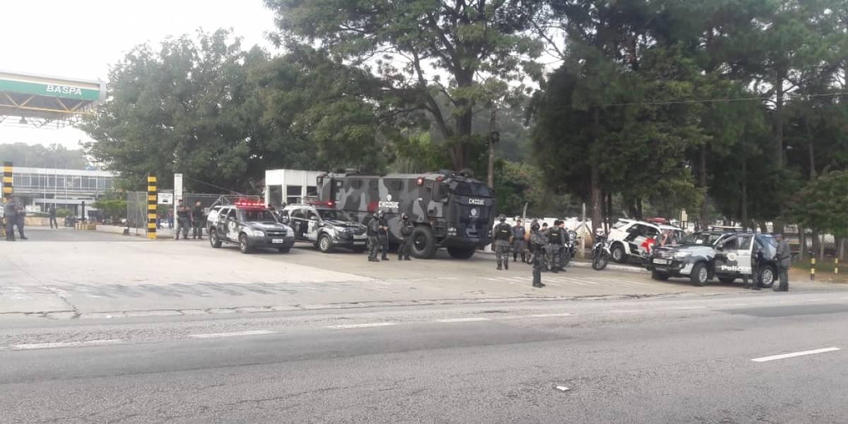 10 caminhões-tanque vão abastecer ônibus, ambulâncias e bombeiros em SP