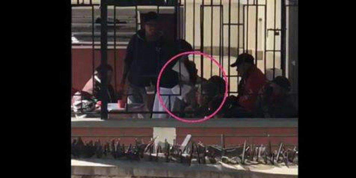 VIDEO. Captan a una monja maltratando a un anciano y la dejan en libertad
