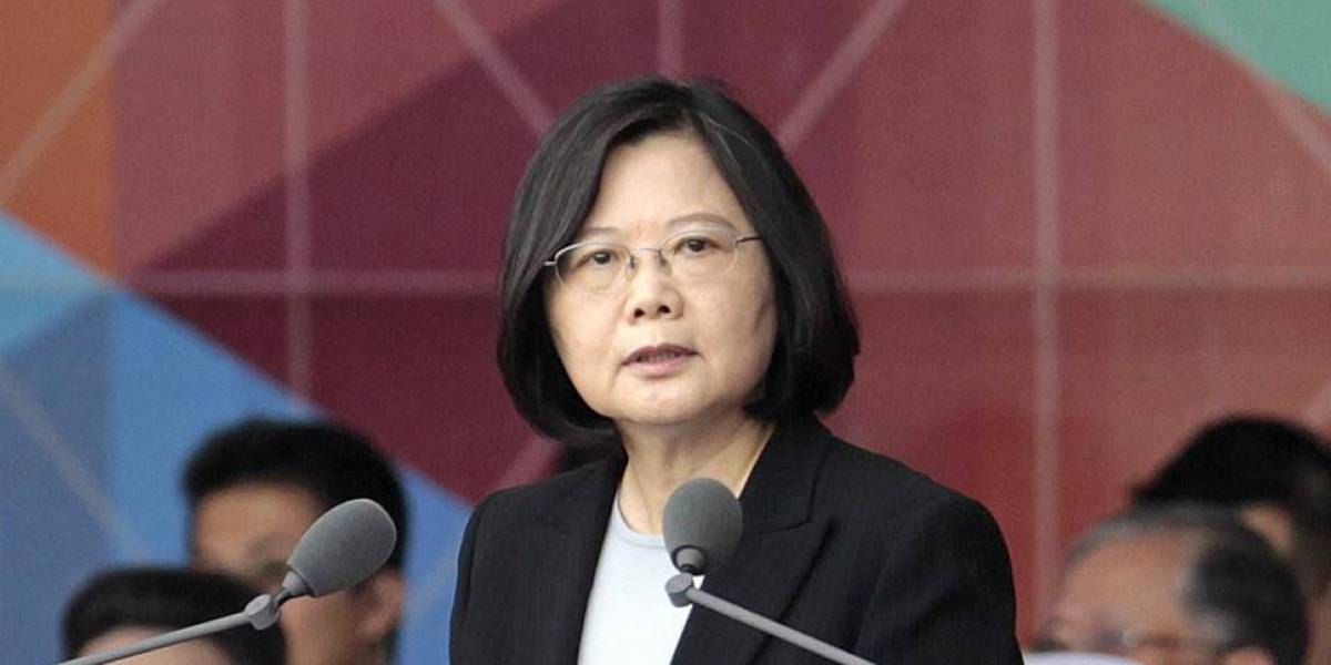 Presidenta taiwanesa rechaza la dimisión del ministro de Exteriores
