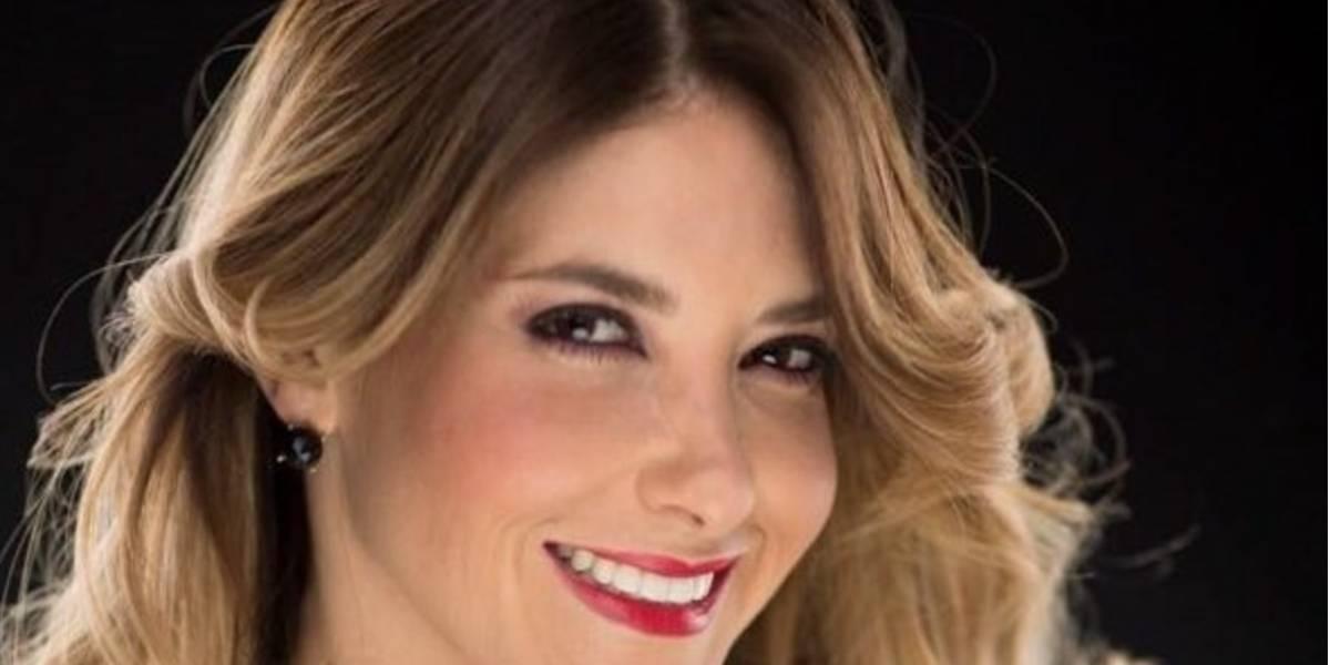 Tania Riquenes explota su faceta como actriz en Teatro en corto