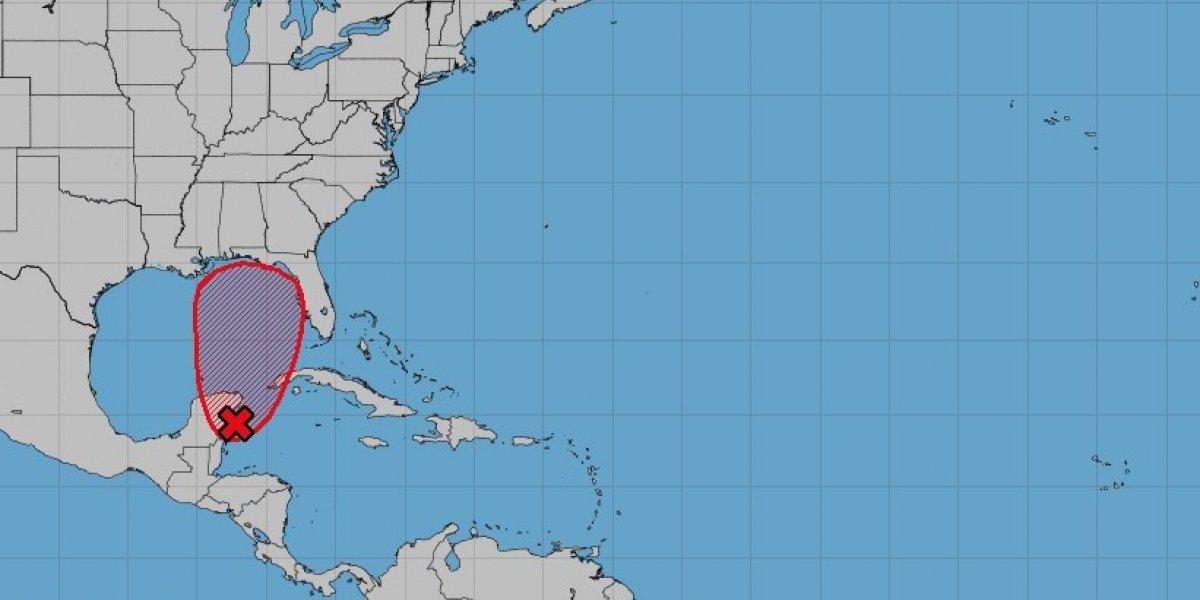 Sistema tropical gana fuerza y se acerca al Golfo de México