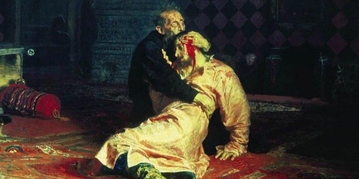 """Ingirió Vodka y luego arremetió con un fierro: atacante dañó cuadro de """"Iván El terrible y su hijo"""" en Moscú"""