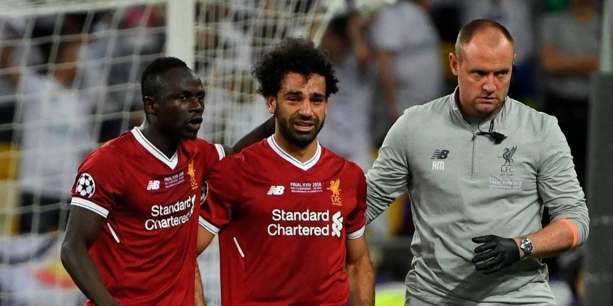 VIDEO: Así fue la lesión que dejó fuera a Salah de la Final de la Champions