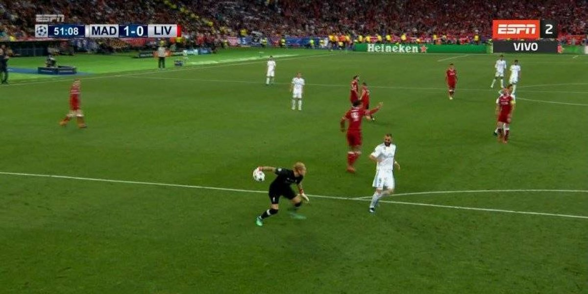 "VIDEO. El ""blooper"" histórico del portero del Liverpool en la final"