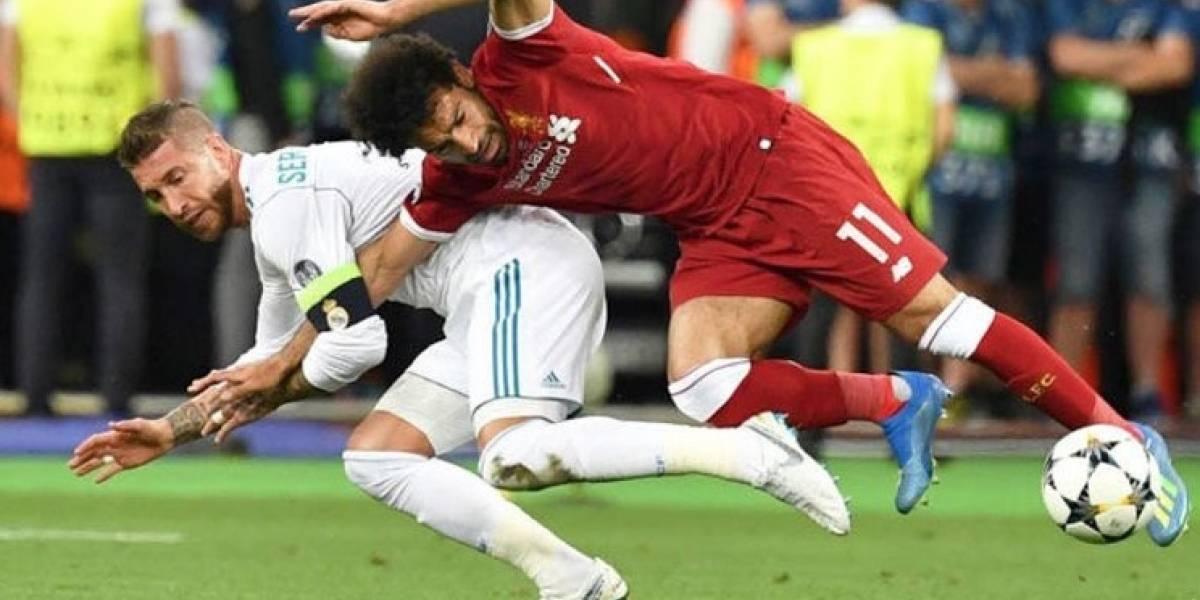 Salah, sustituido tras dañarse el hombro izquierdo, es duda para Rusia 2018