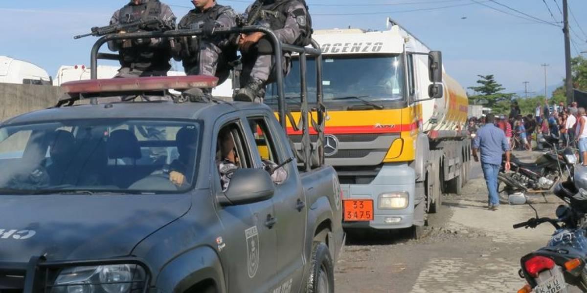 Greve dos caminhoneiros: Exército coloca tropa de prontidão para apoiar PM em refinaria do Rio