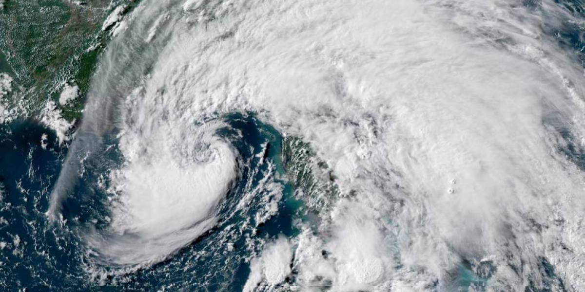 Vientos de Alberto comienzan a sentirse en Florida