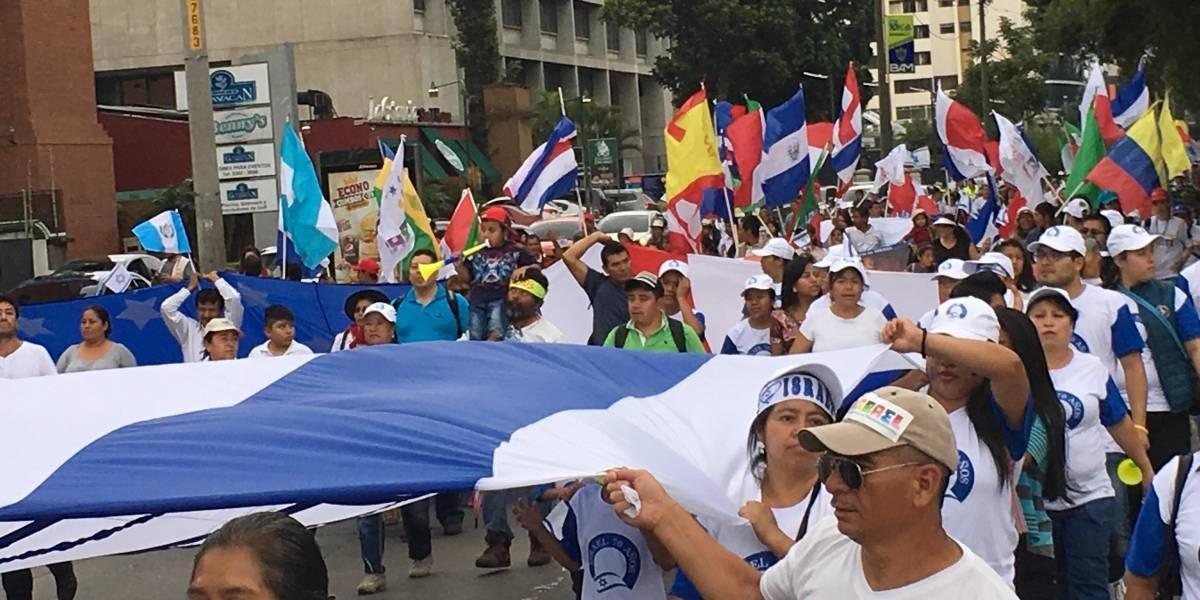 EN IMÁGENES. Realizan marcha conmemorativa por la independencia de Israel