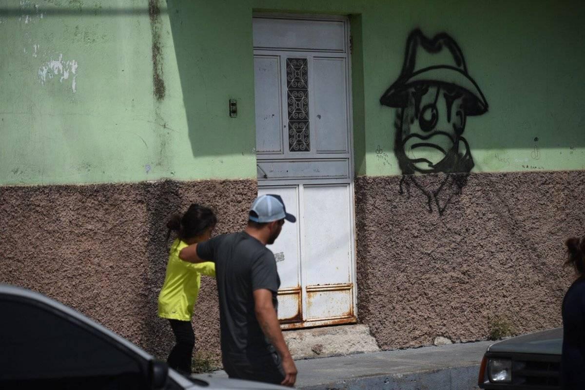 Una de las casas de la colonia Santa Marta tiene una pinta de pandilleros. Edwin Bercián