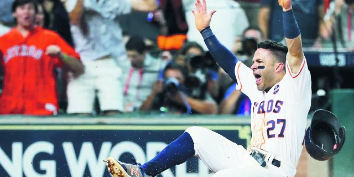 Altuve fija récord en Astros con hit en nueve turnos consecutivos