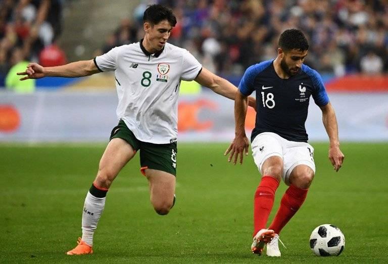 Nabil Fekir en una acción del amistoso ante Irlanda