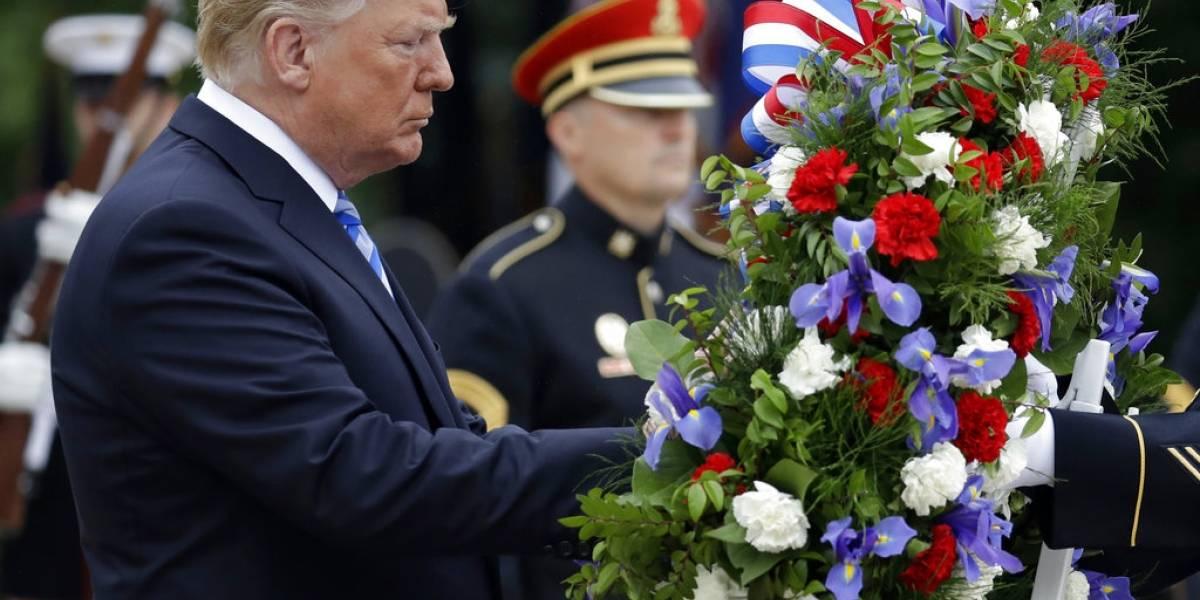 FOTOS. Trump agradece a soldados al conmemorar el Día de los Caídos