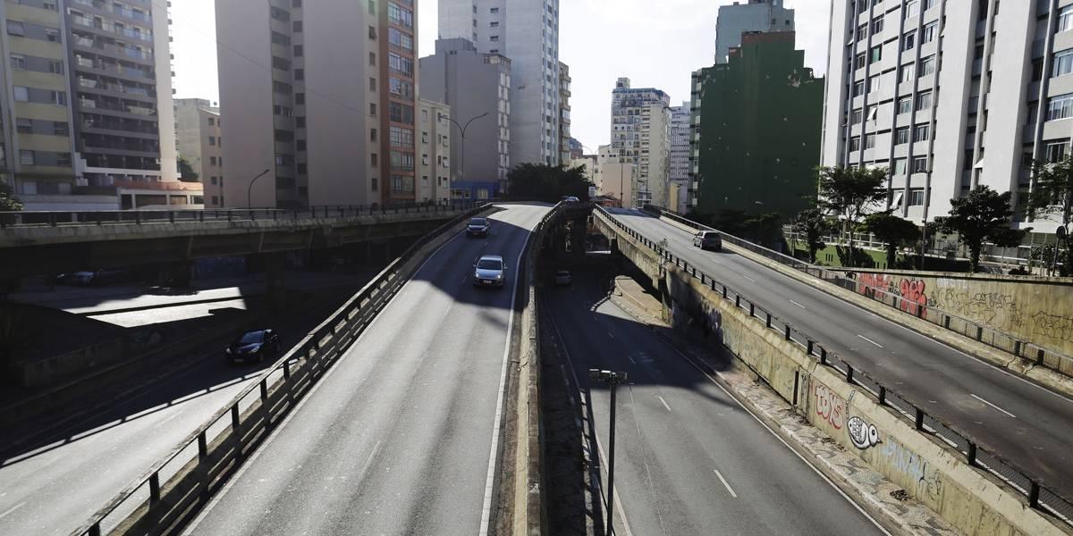 Com falta de combustível, São Paulo tem 1 km de lentidão em horário de pico