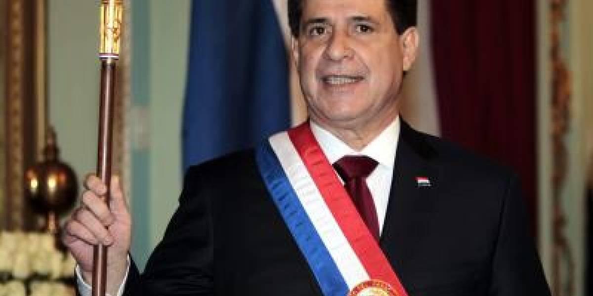 Horacio Cartes renuncia a la presidencia de Paraguay...para ser senador