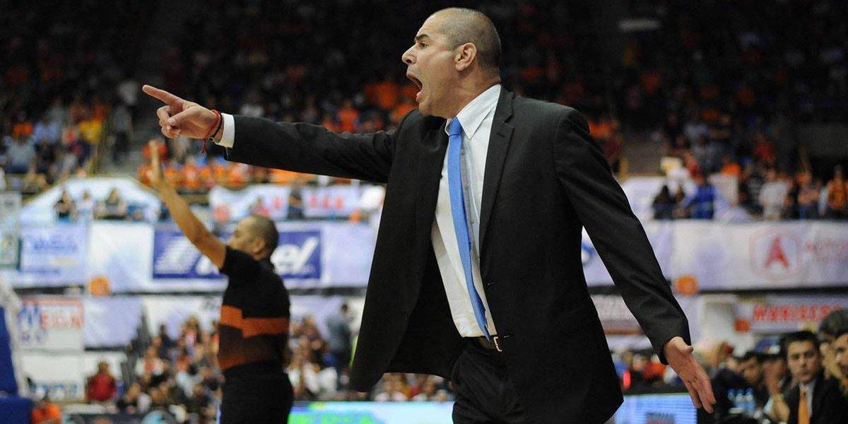 Iván Déniz, nuevo coach de la Selección Mexicana de basquet; Héctor Hernández se retira del equipo