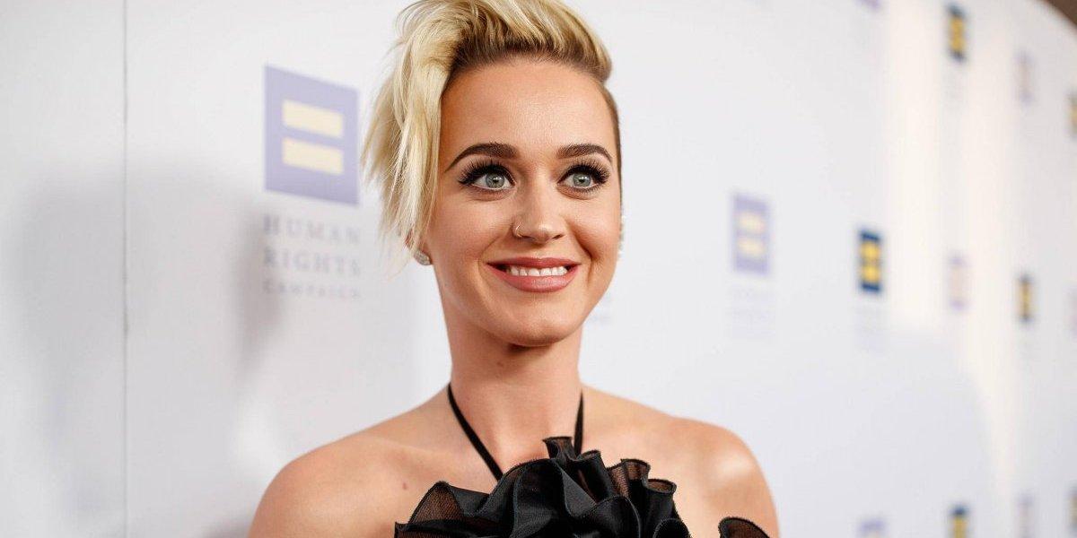 Niña guatemalteca conmueve a Katy Perry en pleno concierto