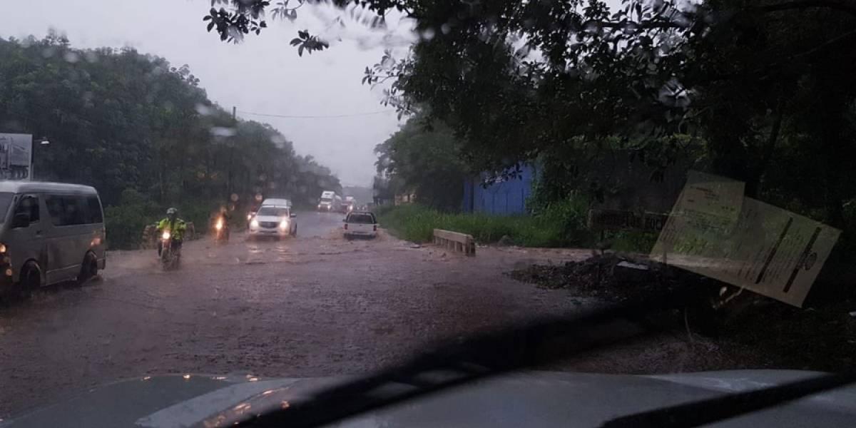 EN IMÁGENES. Fuertes lluvias en Suchitepéquez provocan destrozos