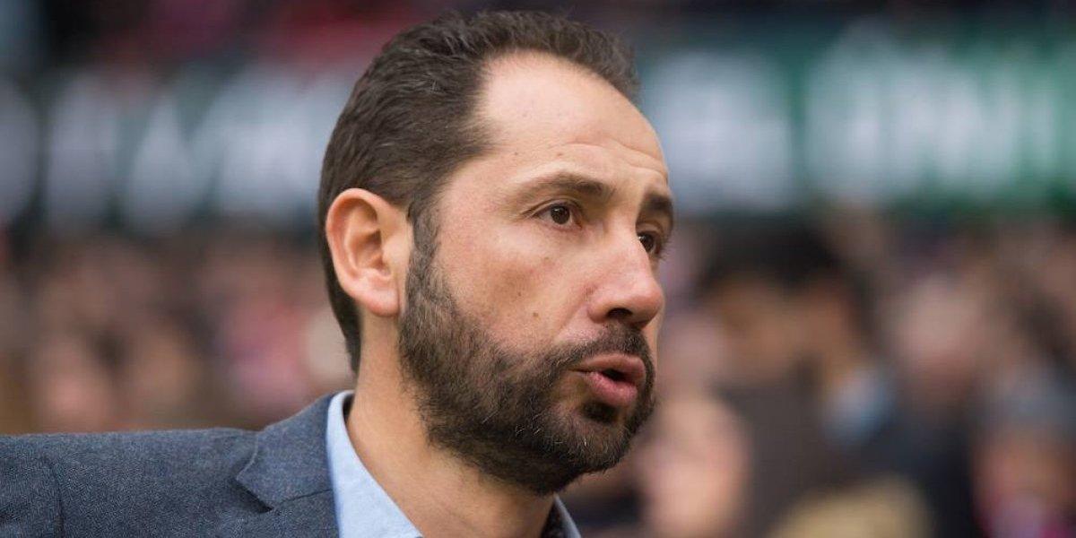 Miguel Layún y el Sevilla tienen nuevo entrenador