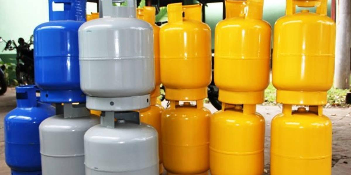 Denuncian a empresas por posible acuerdo para subir el precio del gas