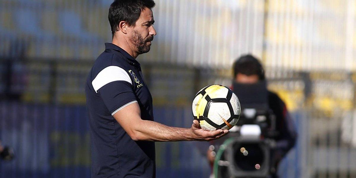 Everton se cansó de tanta Vitamina y despidió al técnico Pablo Sánchez