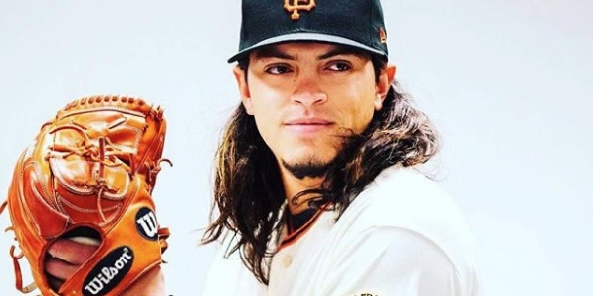 Ascienden a Grandes Ligas a hijo de Iván Rodríguez