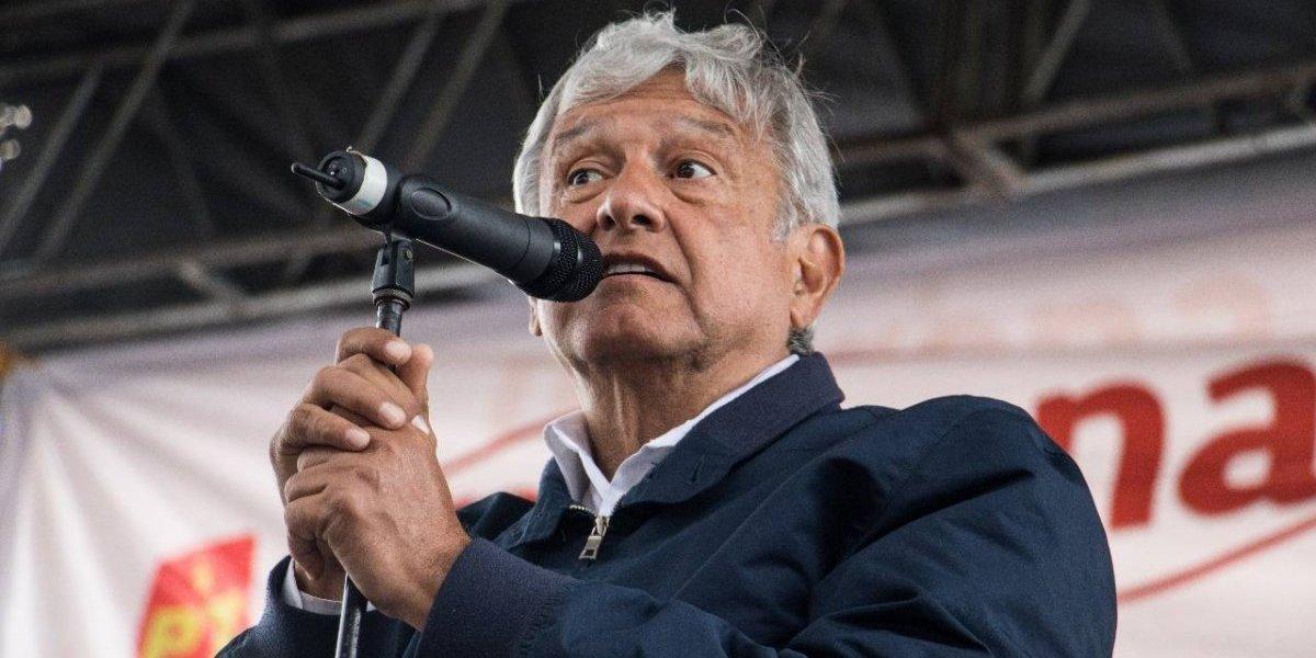 Alumnos invitan a presidenciales a la Ibero; Anaya acepta y AMLO se disculpa