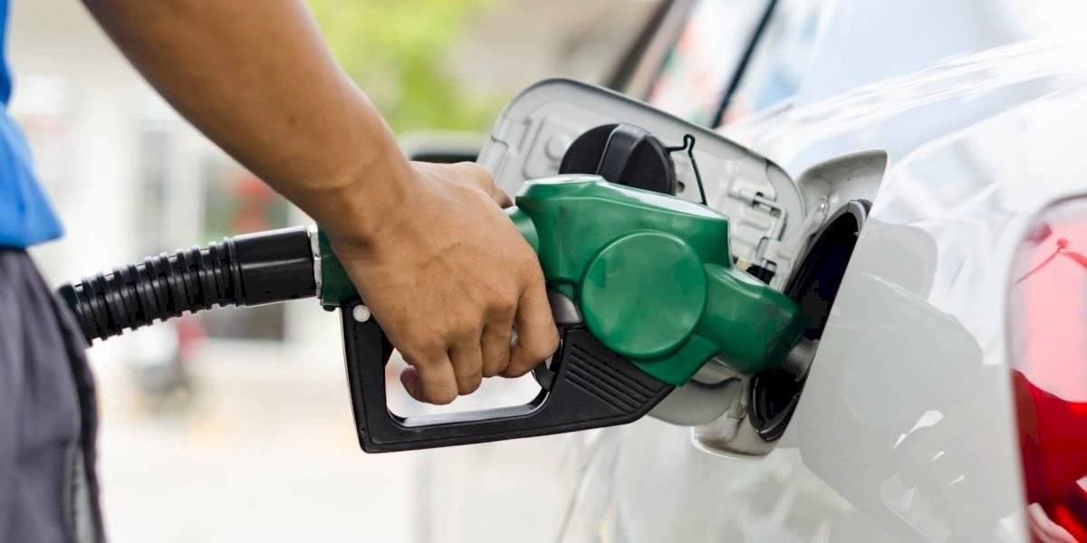 Litro de gasolina regular podría alcanzar los 40 centavos