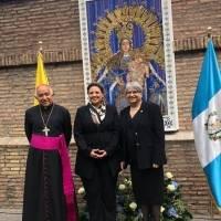 Develan mosaico de la Virgen del Rosario en El Vaticano