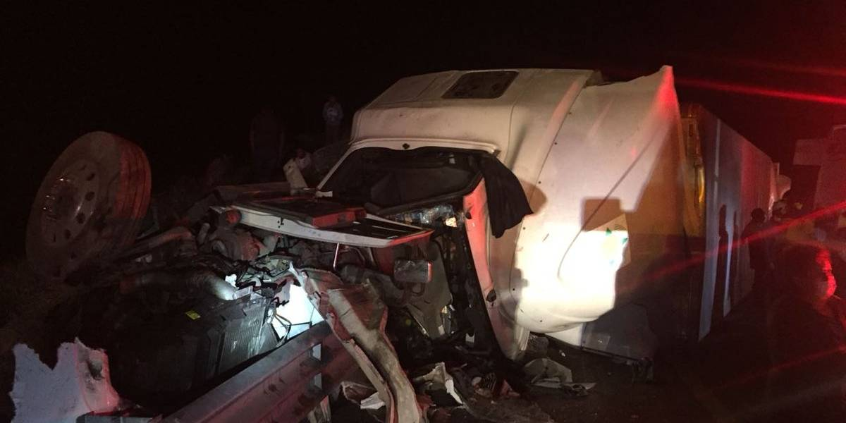 Cierran la carretera Puebla-Córdoba por accidente automovilístico
