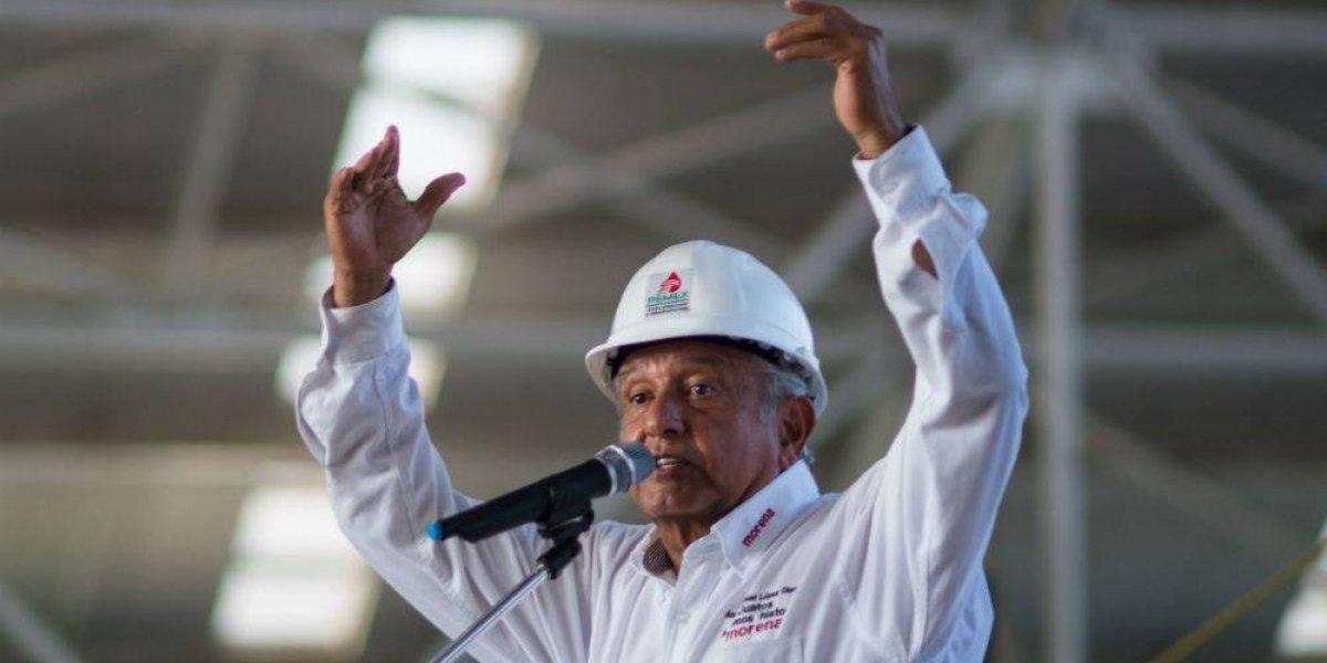 Que no tenga miedo, responde AMLO a carta 'anti-populismo' de Germán Larrea